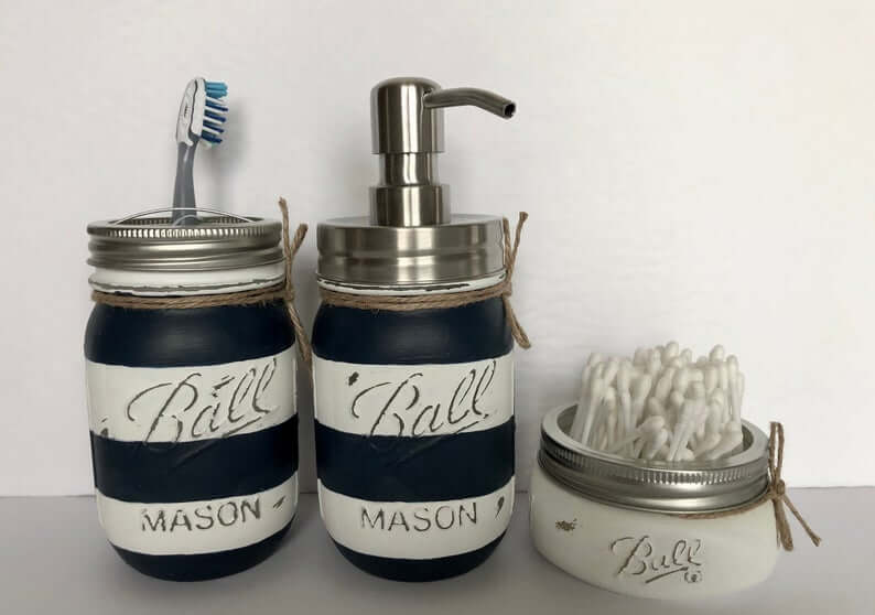 Organisation de la salle de bain à rayures Mason Jar