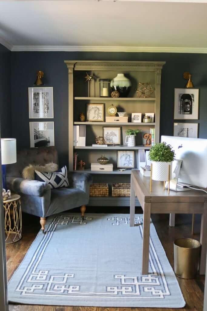 Bureau à domicile chaleureux, élégant et chic