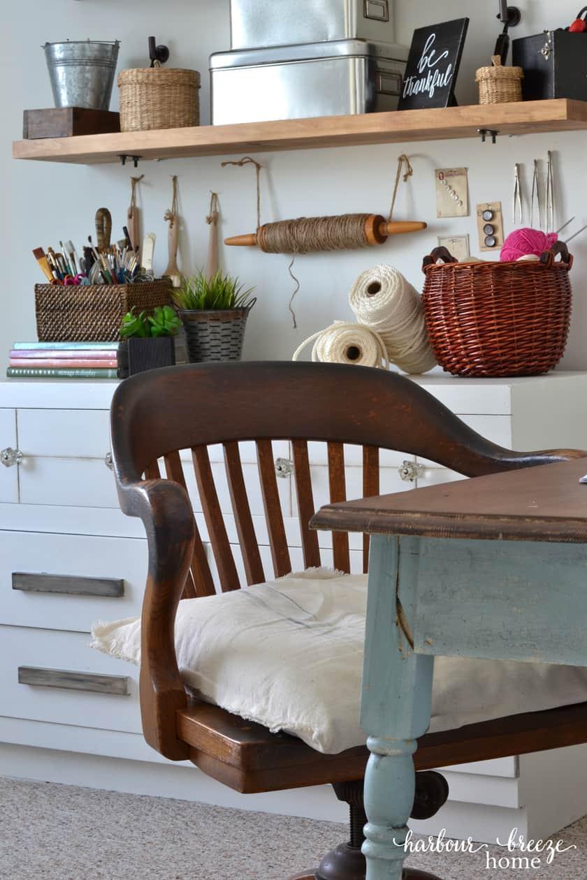 Une abondance d'organisation pour votre atelier d'artisanat