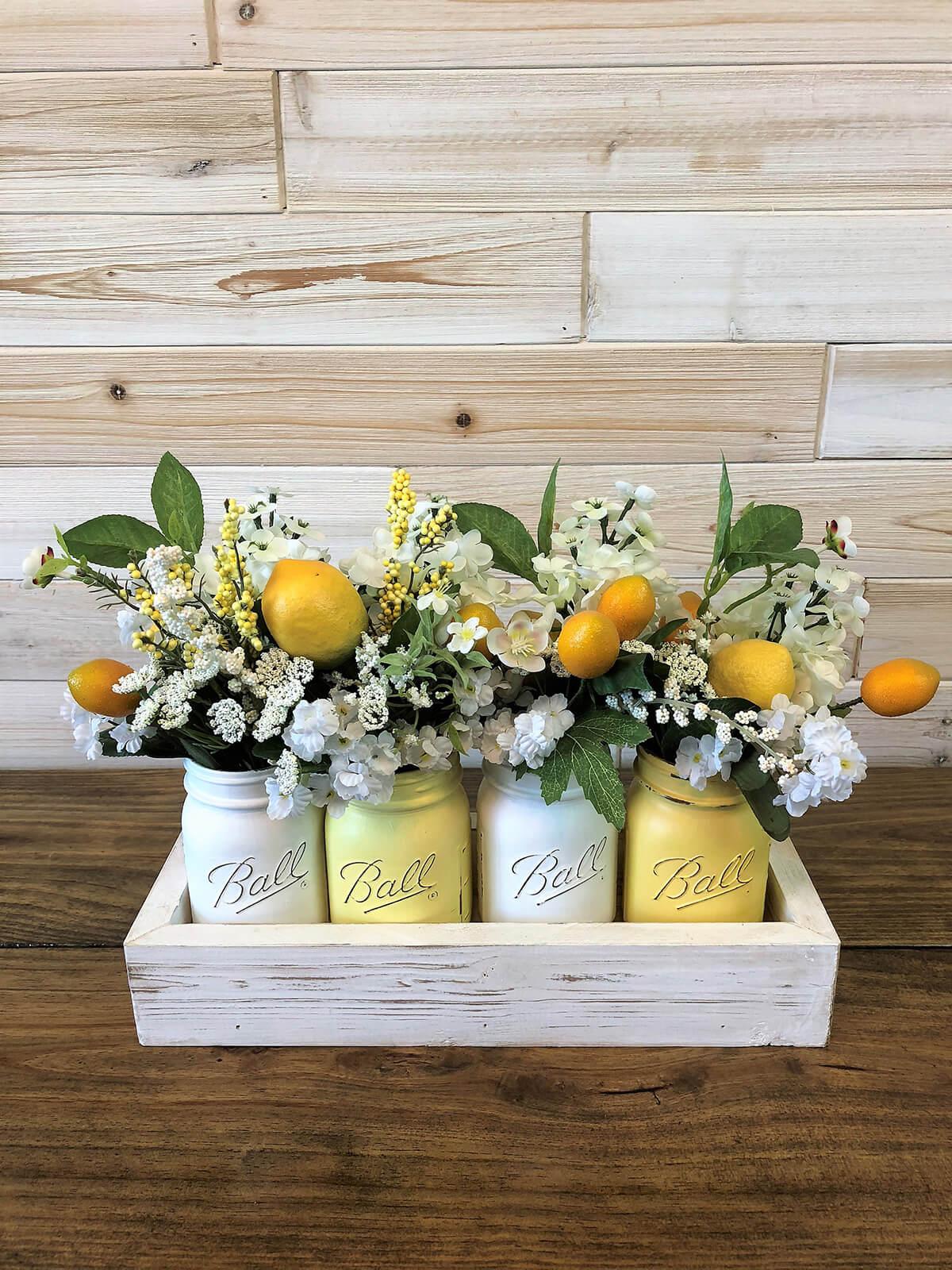 Bouquets de bocaux d'été frais