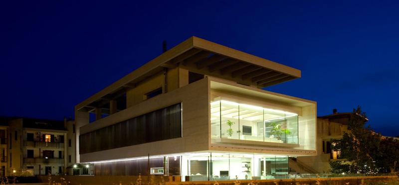 Casa NL NF Extérieur Nuit 2