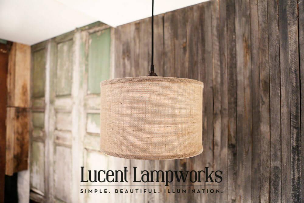 Luminaire d'ombre de tambour enveloppé de toile de jute naturelle