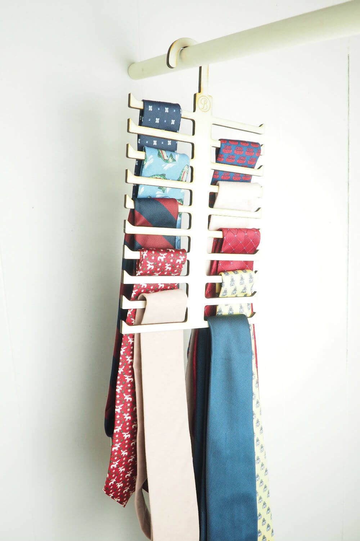 Cintre à cravate unique pour l'organisation de placards