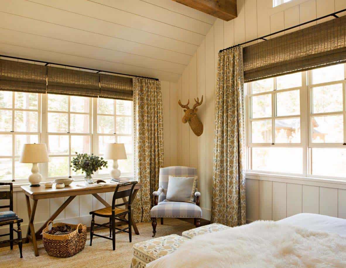 chambre à coucher rustique à la maison de montagne