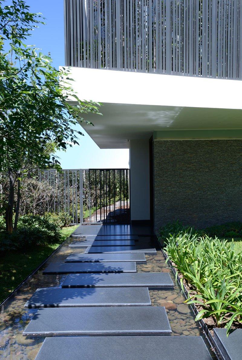 Sentier Atrium House