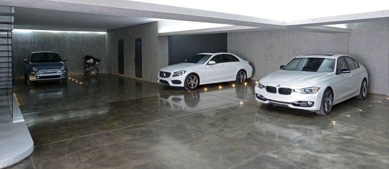 Garage Atrium House