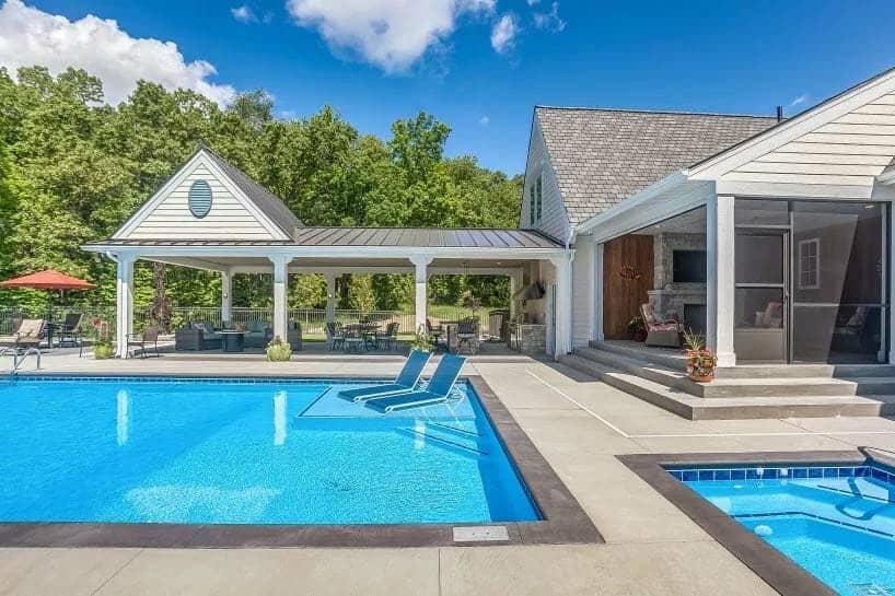 Style de plantation côtière moderne Home-CVI Design-41-1 Kindesign