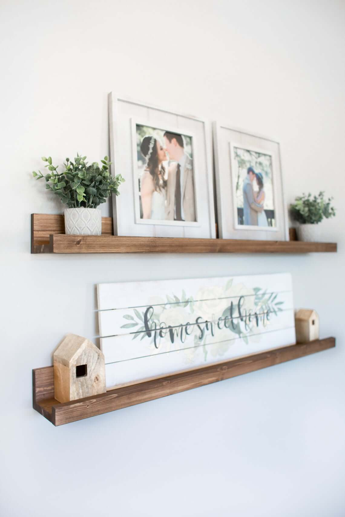 Étagère décorative de rebord de plateau en bois