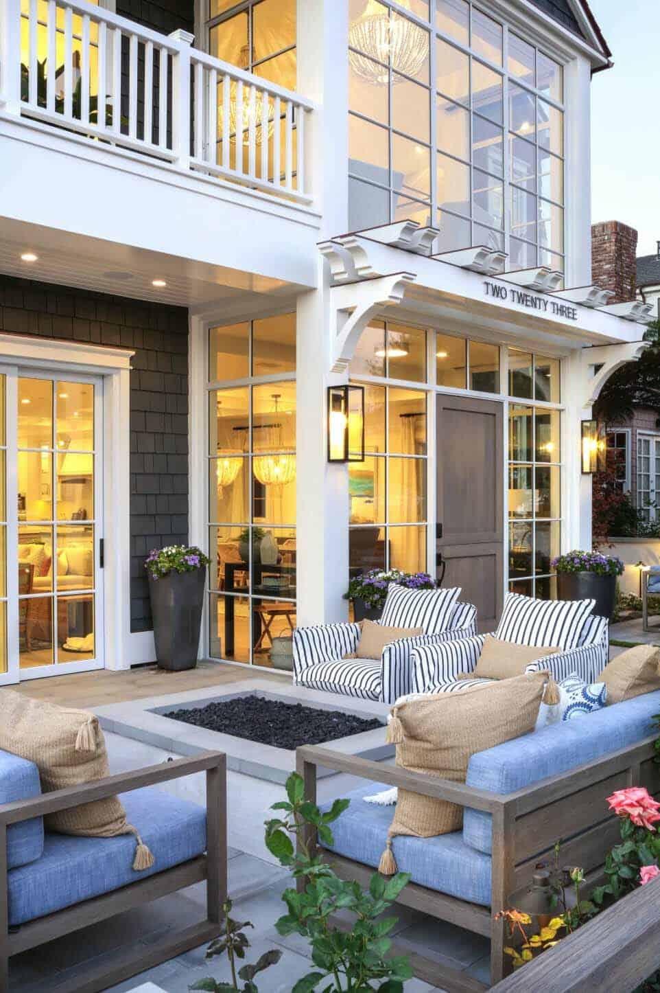 Beach Style Home-Brandon Architects-02-1 Kindesign