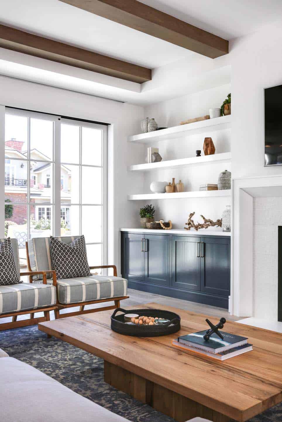 Beach Style Home-Brandon Architects-09-1 Kindesign