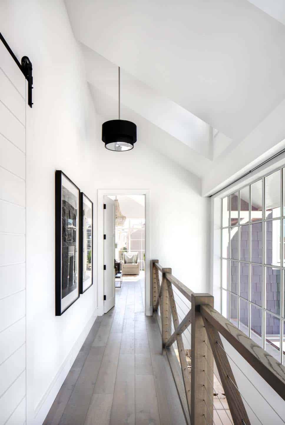 Beach Style Home-Brandon Architects-27-1 Kindesign