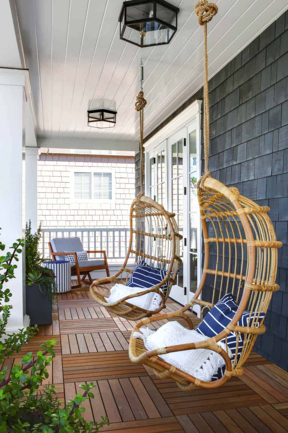 Beach Style Home-Brandon Architects-48-1 Kindesign