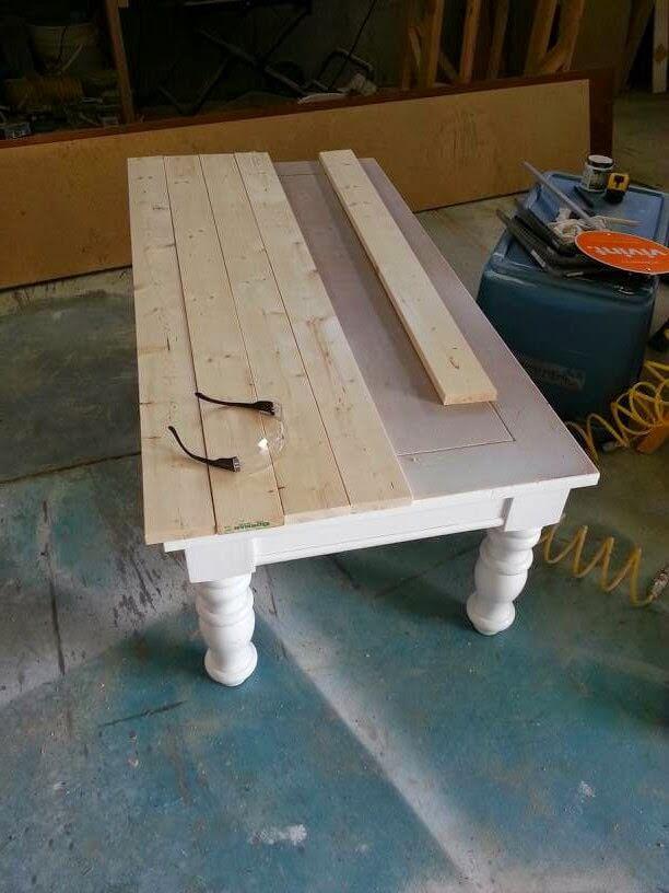 Table basse en bois lambrissé Country Parlour