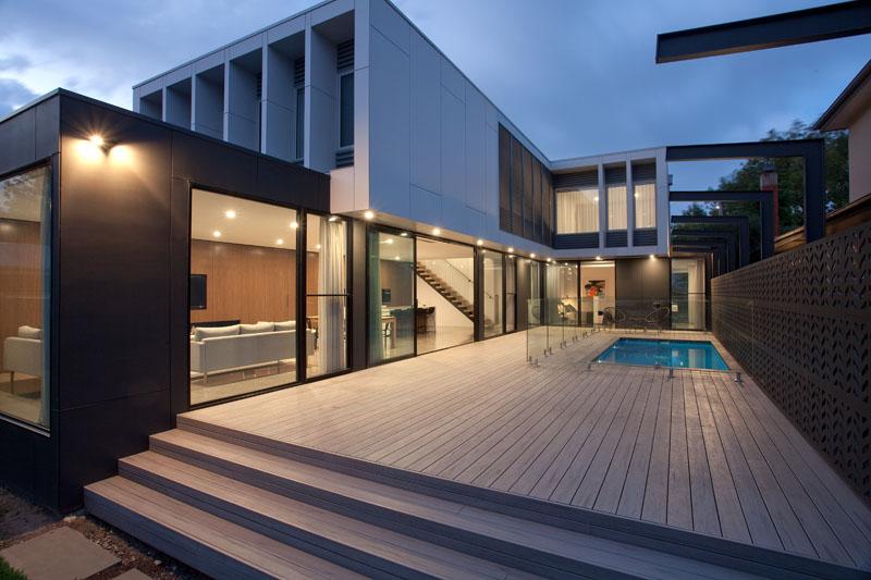 Hayes Road Home piscine