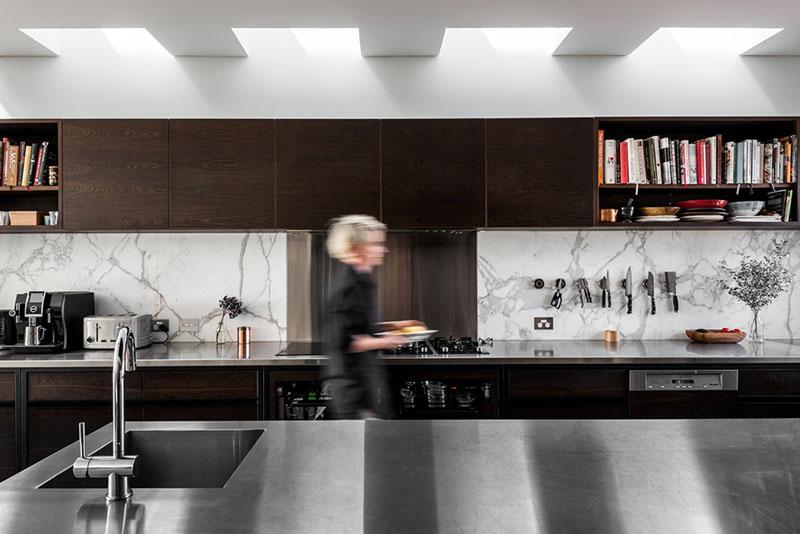 Îlot de cuisine à extension contemporaine