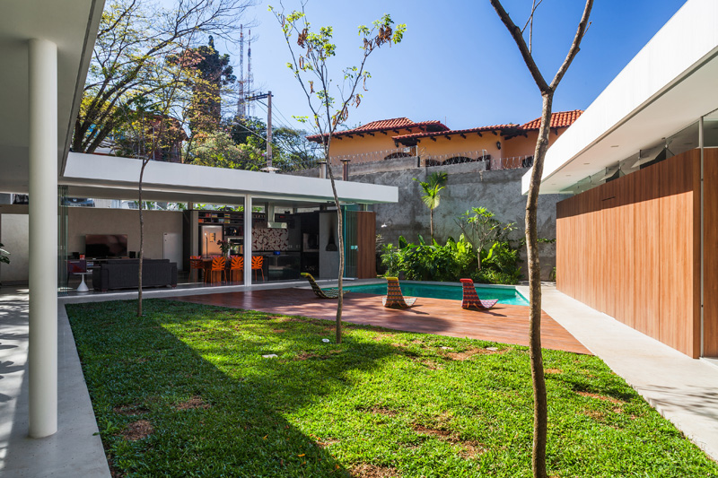 Central Courtyard House piscine