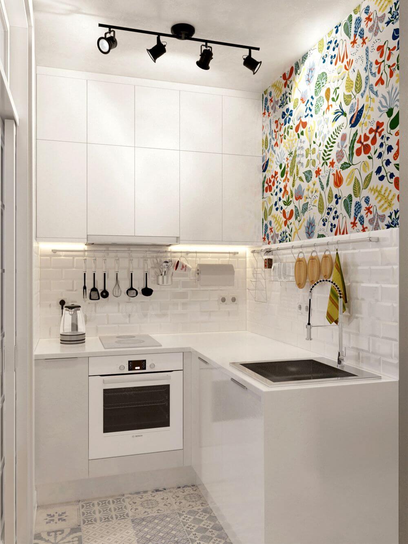Éclaboussures de motifs colorés dans un petit espace