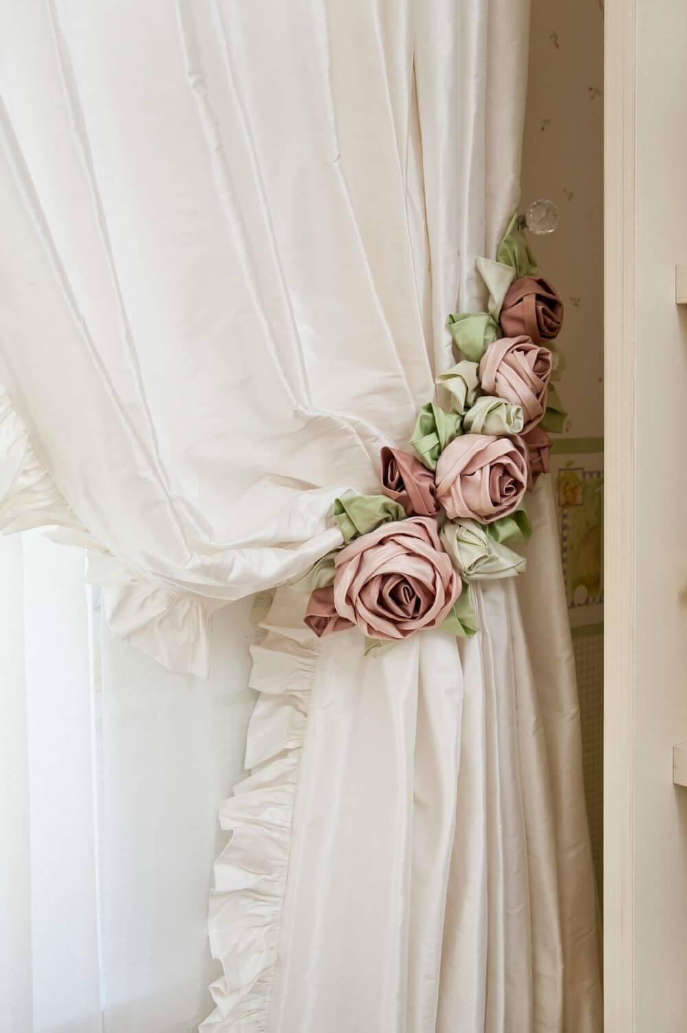 Nœuds de rideau rose shabby chic