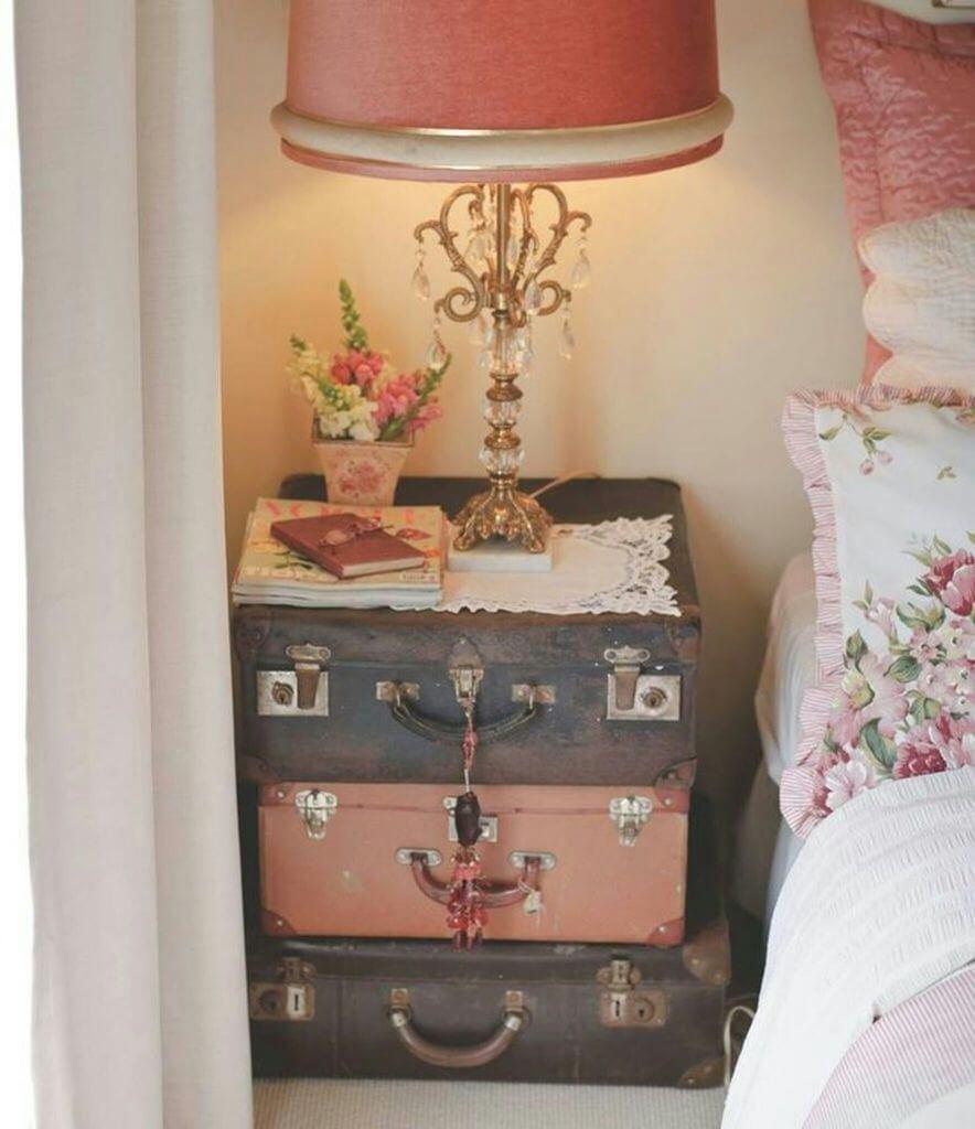 Projet de table de nuit valise antique