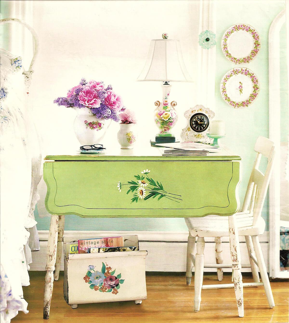 Table de chevet et bureau vintage à double usage