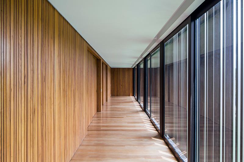 Couloir A-House