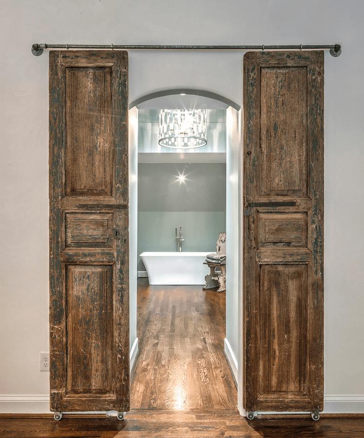 Portes de salle de bain en bois Château enchanté