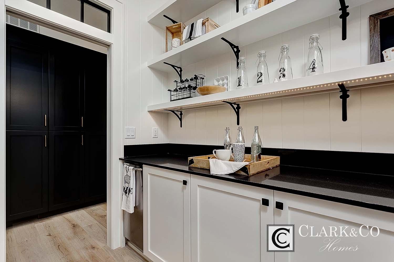 Style de ferme moderne-Clark and Co Homes-09-1 Kindesign