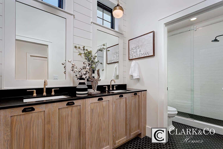 Style de ferme moderne-Clark and Co Homes-23-1 Kindesign