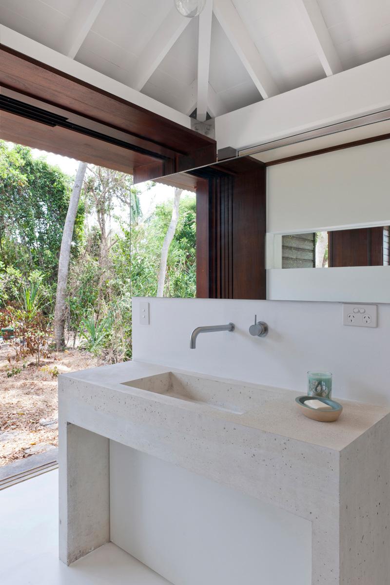toilette de maison de plage tropicale