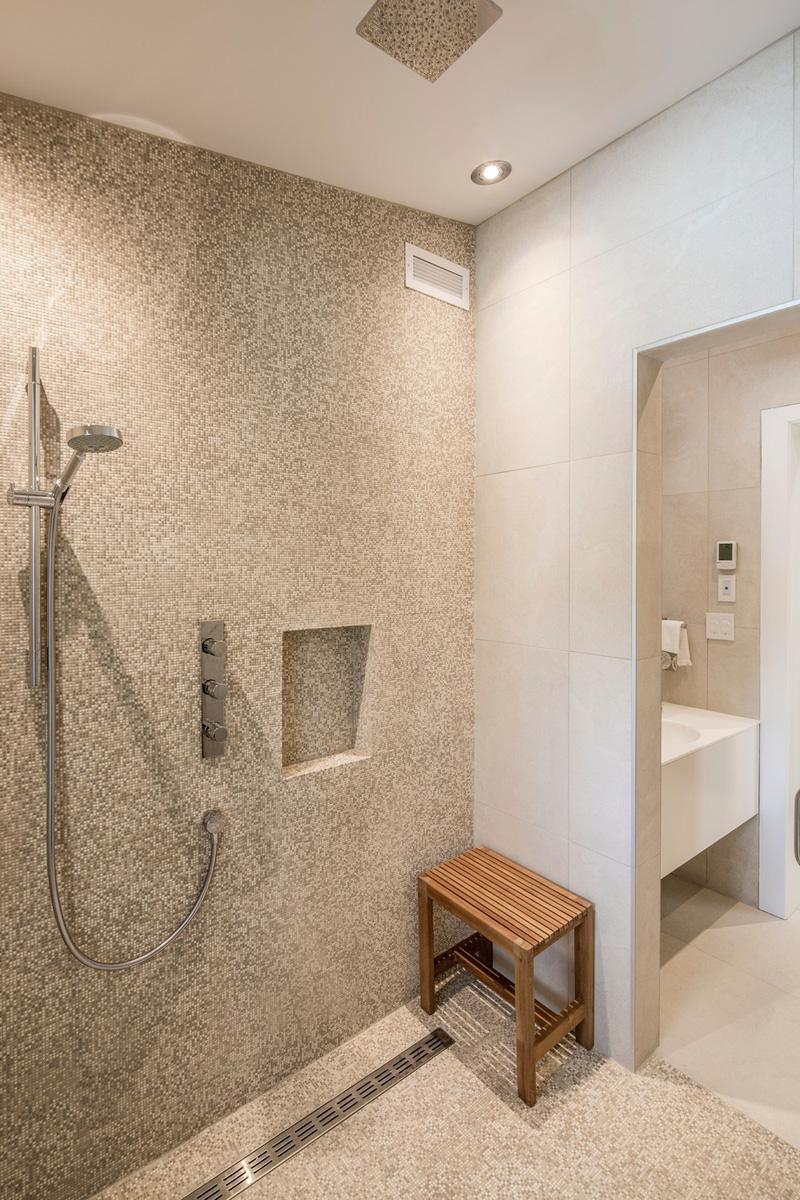 salle de bain de la résidence du tour