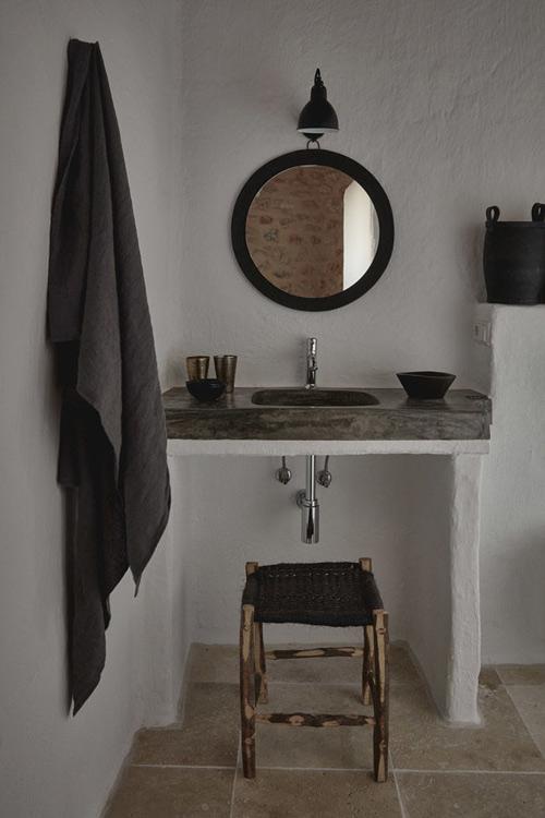 salle de bain d'une maison à formentera
