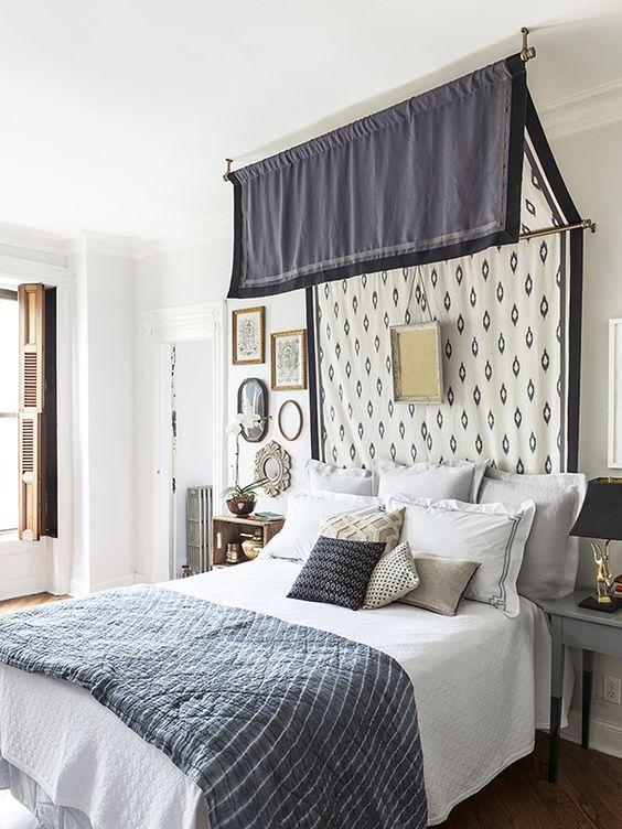 un auvent fixé au mur et au plafond et une œuvre d'art rendront votre chambre raffinée et d'inspiration vintage