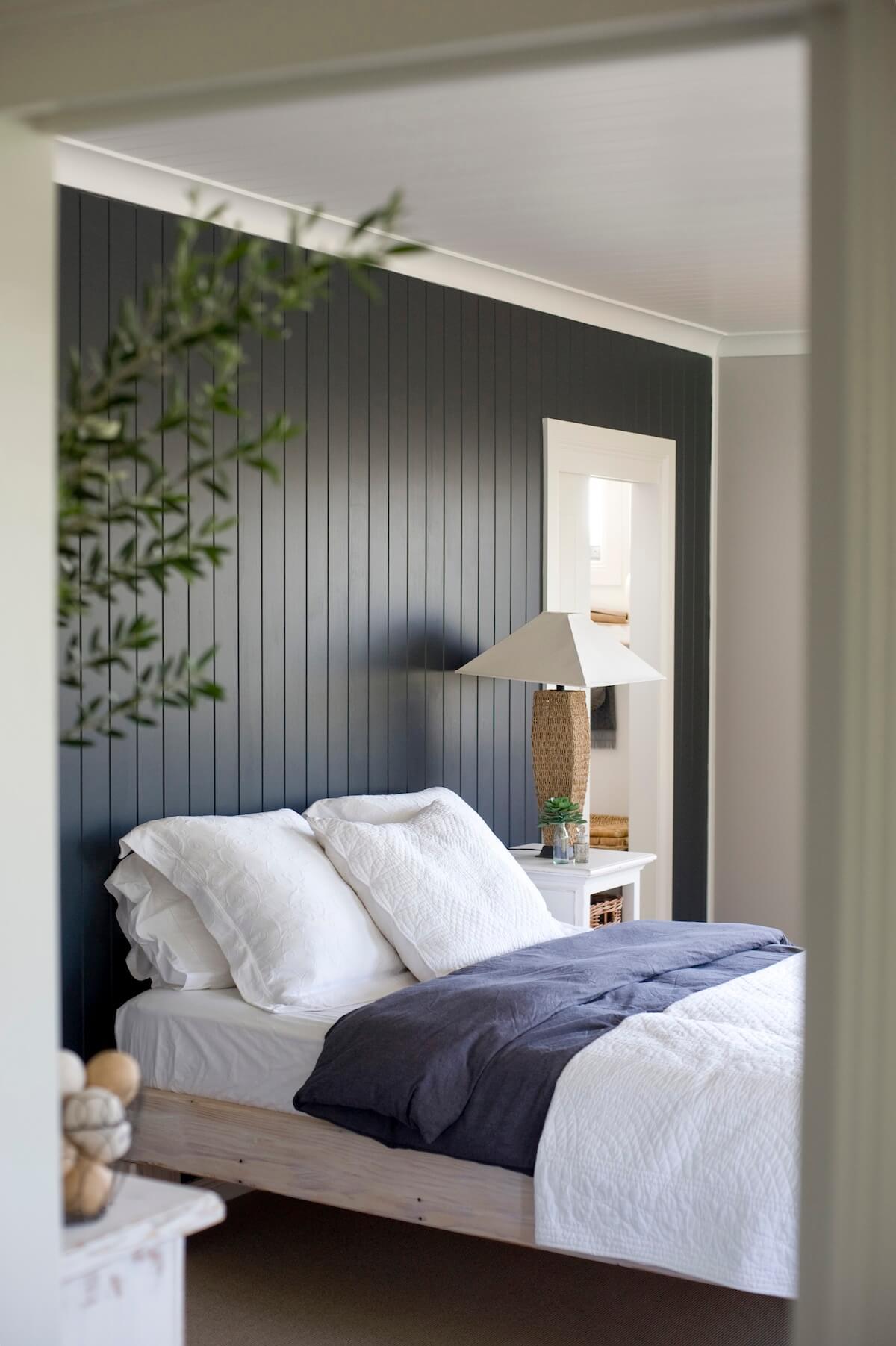 Mur en bois de lignes verticales