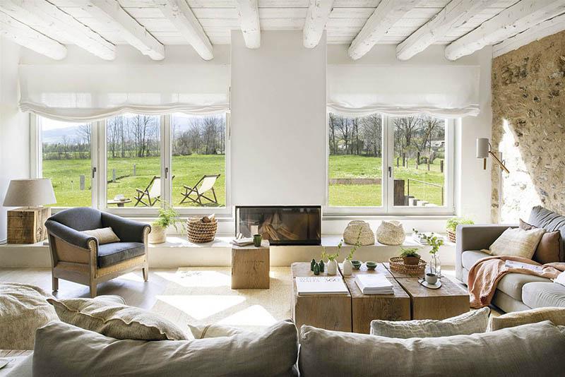 salon rustique dans une maison de montagne