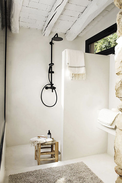 salle de bain de style méditerranéen rustique