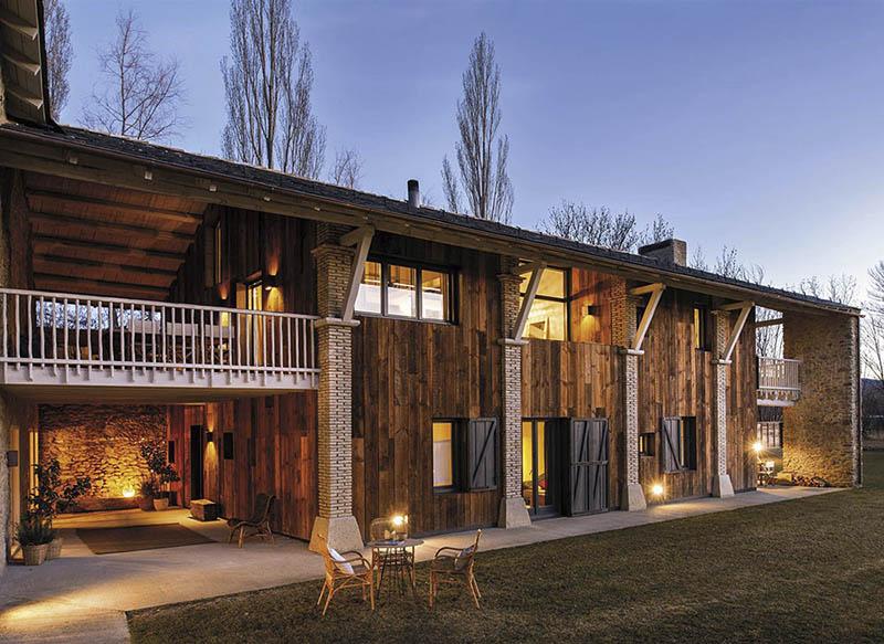 une ancienne grange transformée en maison d'été