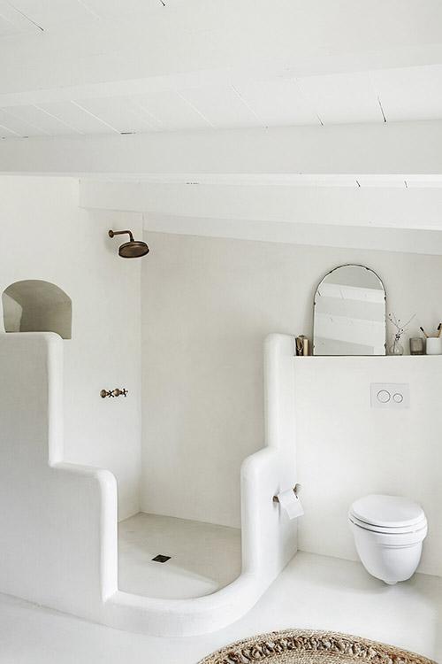 salle de bain de style méditerranéen