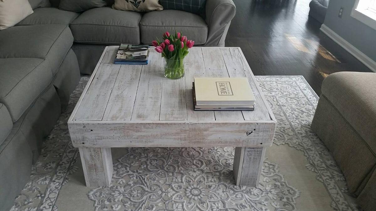 Table Cube Lavée Blanche et Simple