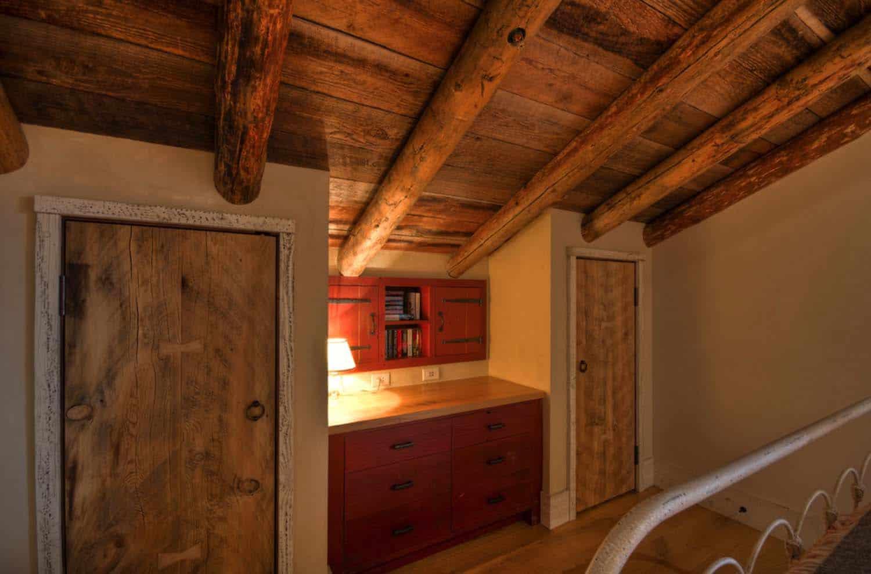 Rustic Mountain Home-Laura Fedro Interiors-16-1 Kindesign