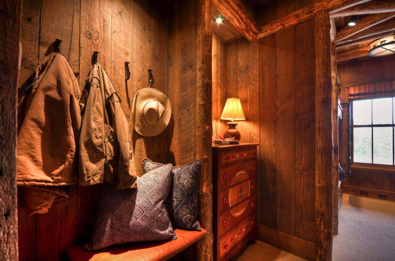 Rustic Mountain Home-Laura Fedro Interiors-21-1 Kindesign