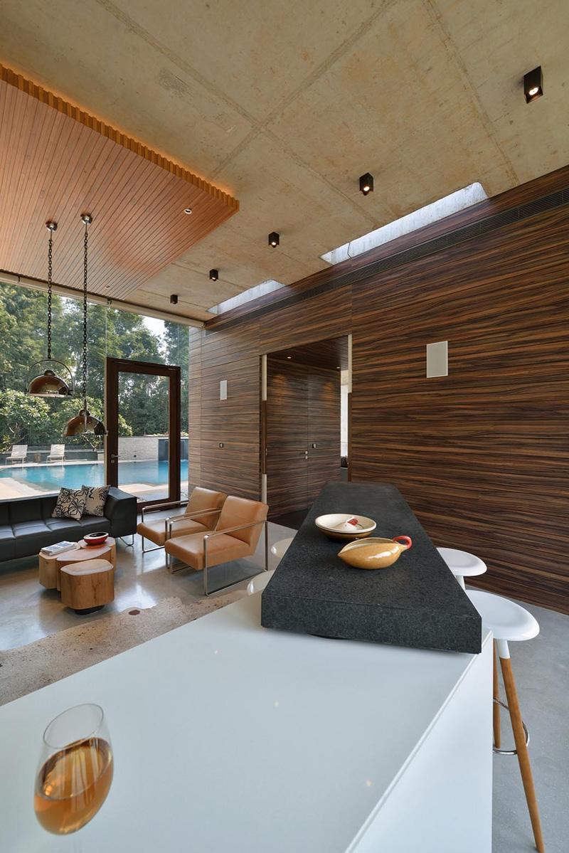 Cuisine Pool House