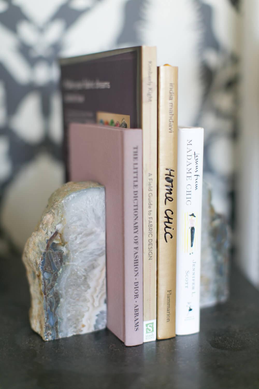 Bouts de livre en pierre marbrée grise