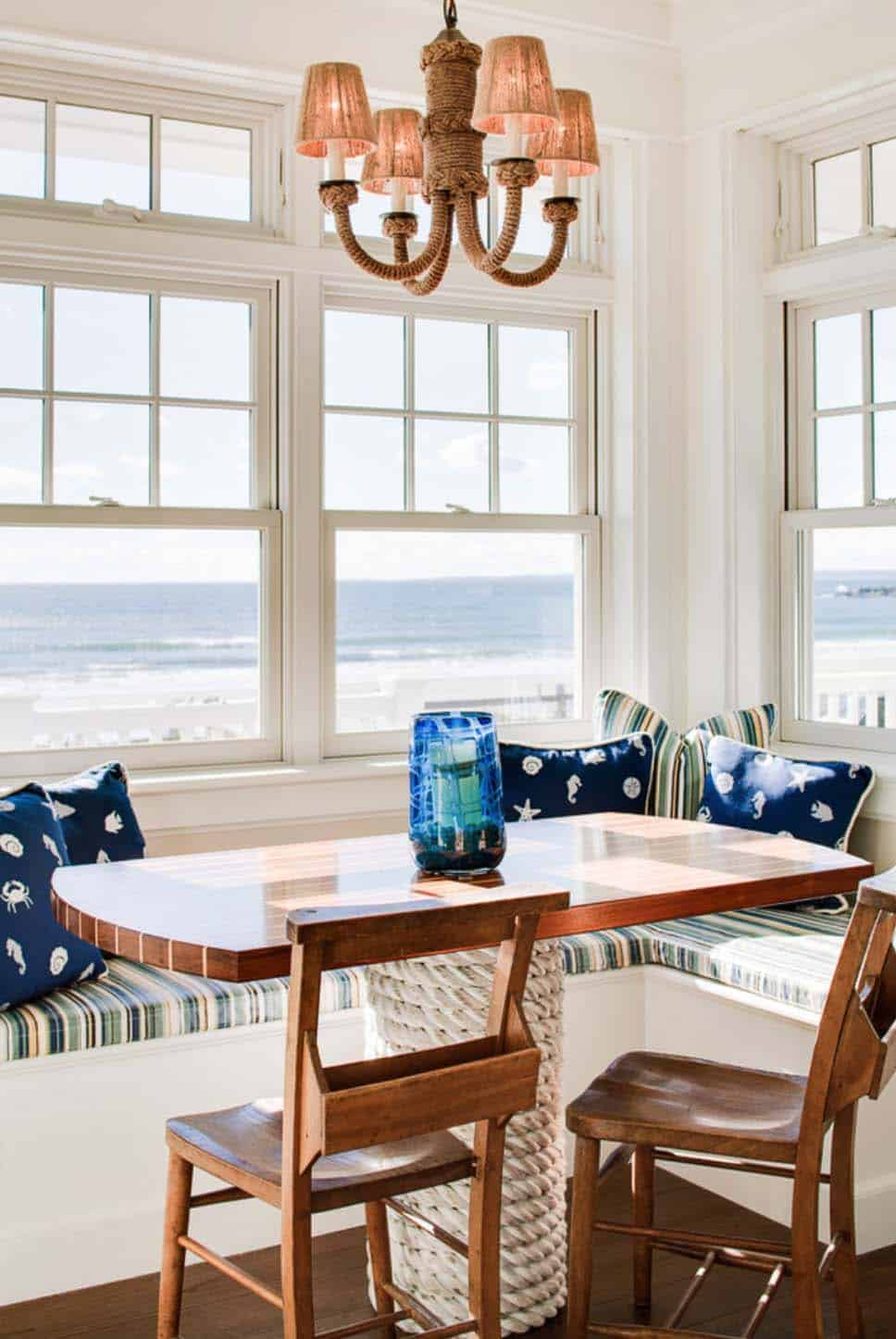 New England Beach House-Hurlbutt Designs-04-1 Kindesign
