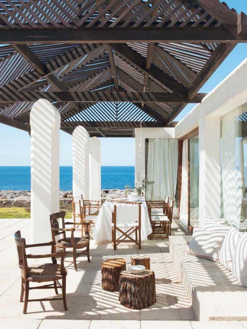 Luminous Cliffside Menorca Home-11-1 Kindesign