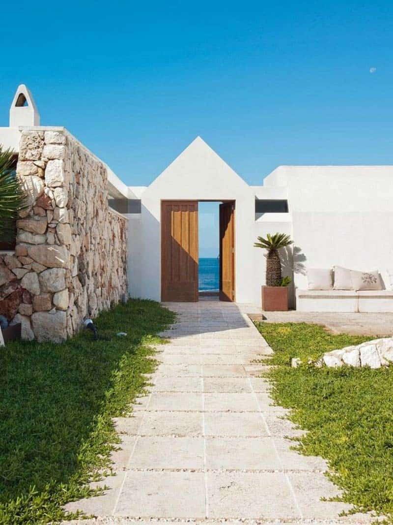 Luminous Cliffside Menorca Home-12-1 Kindesign