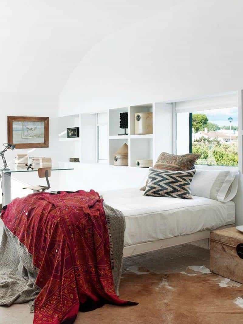 Luminous Cliffside Menorca Home-09-1 Kindesign