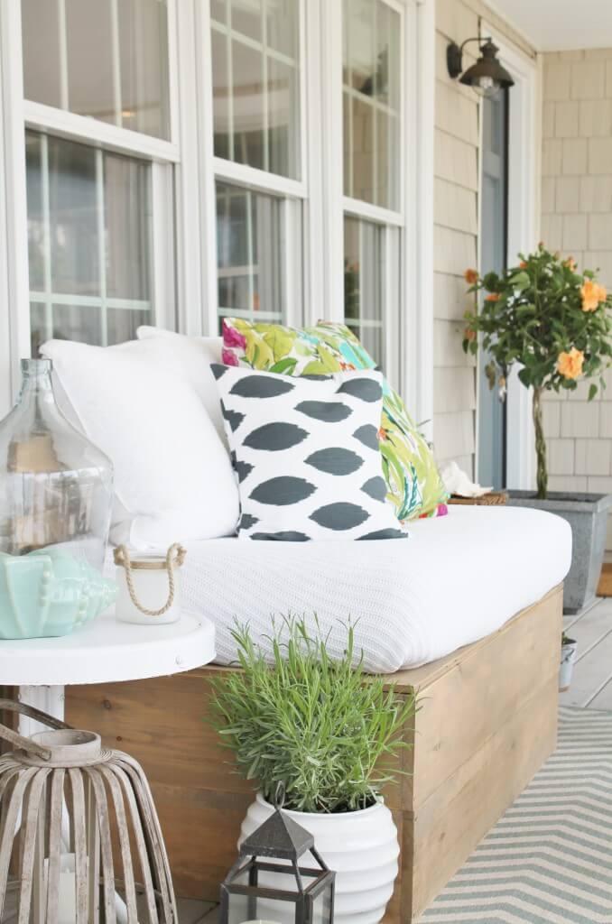 Style tropical détendu pour votre porche