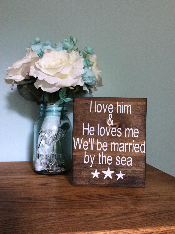 Panneau en bois sur le thème de l'amour mignon