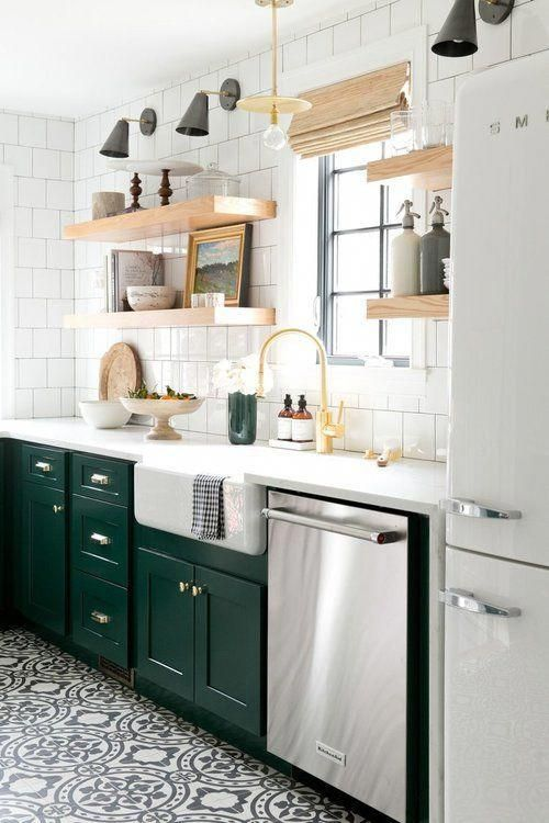 conception de cuisine élégante avec des carreaux de métro