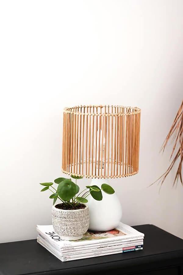 Abat-jour moderne en bâtons de bambou uniques